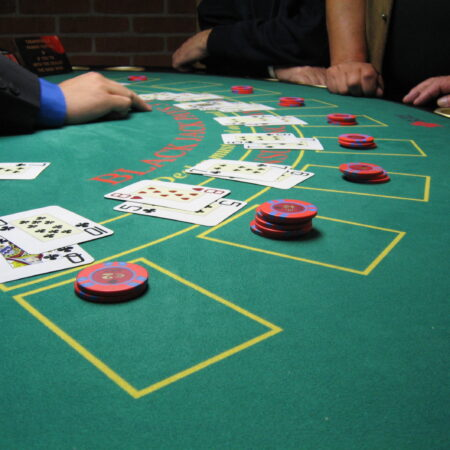 Best Blackjack Strategies and Tips What is hit and stand in the betting?